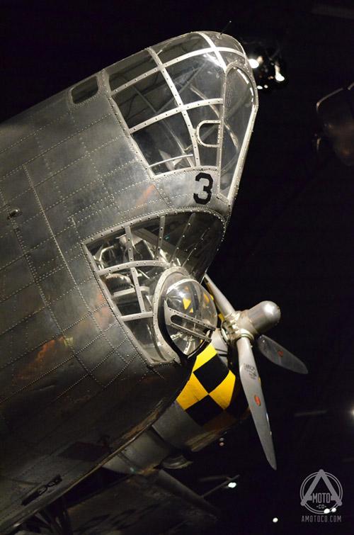 AMotoCo - Vintage Fighter Bomber