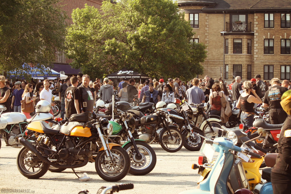 mvr13_bikes_crowd_gsg