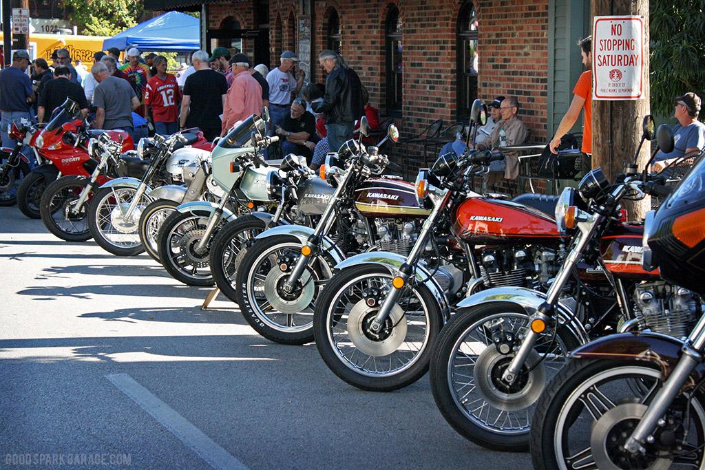 vintage_motorcycles_kentucky_kick_down