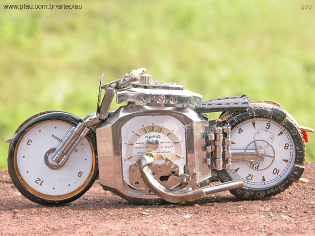 Jose Pfau : Watch Motorcycle