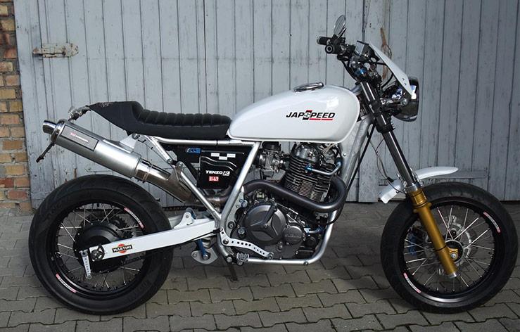 Suzuki DR 800 Big Custom