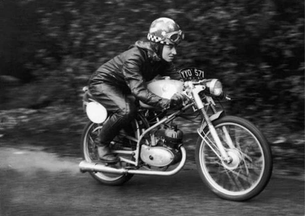 Beryl Swain Woman Motorcycle Racer