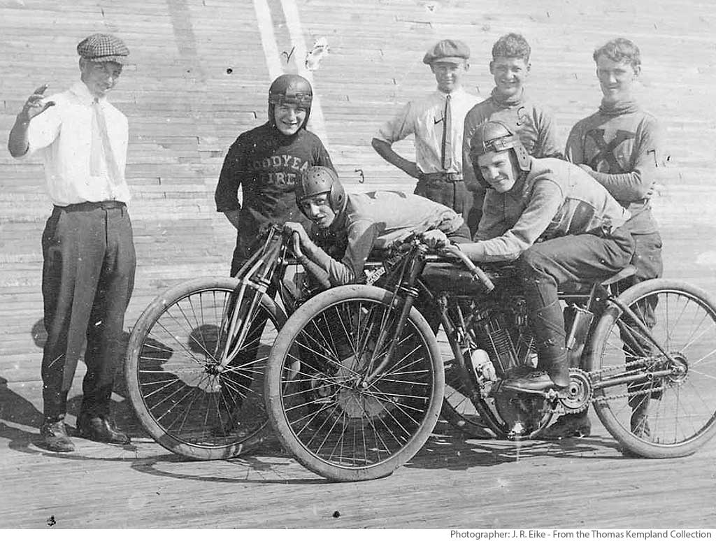 St. Louis Motordrome BoardTrack Racer Group