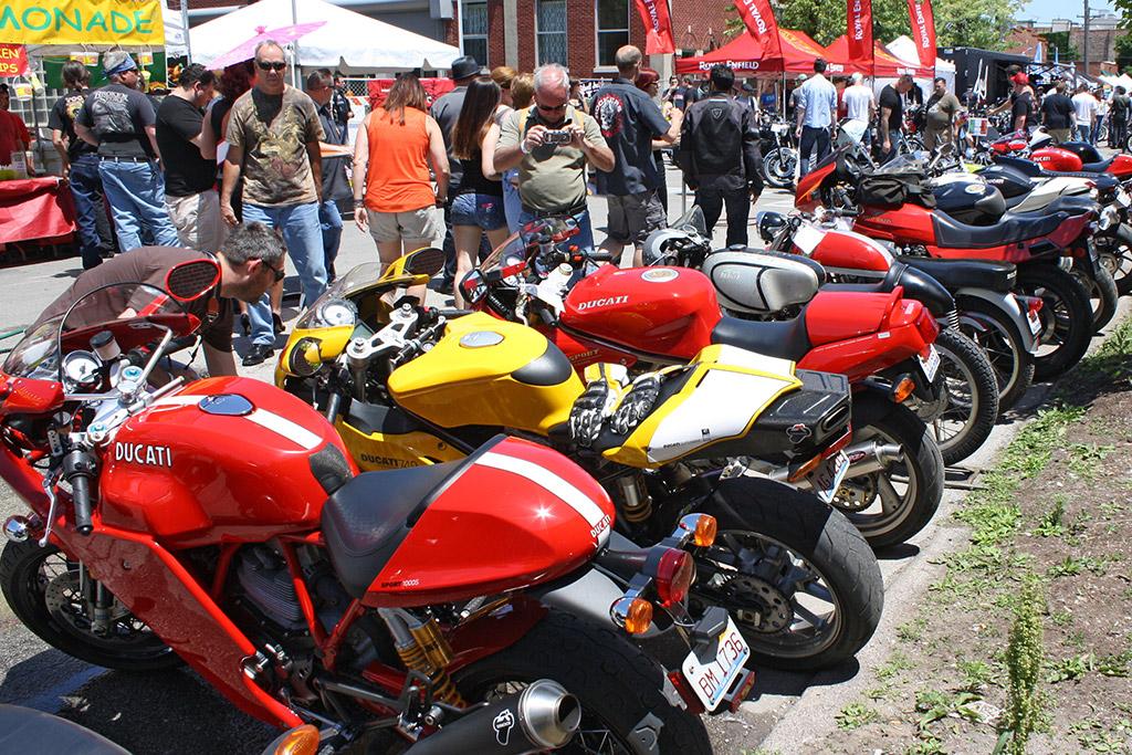 MOTOBLOT 2014 Scene - Ducatis