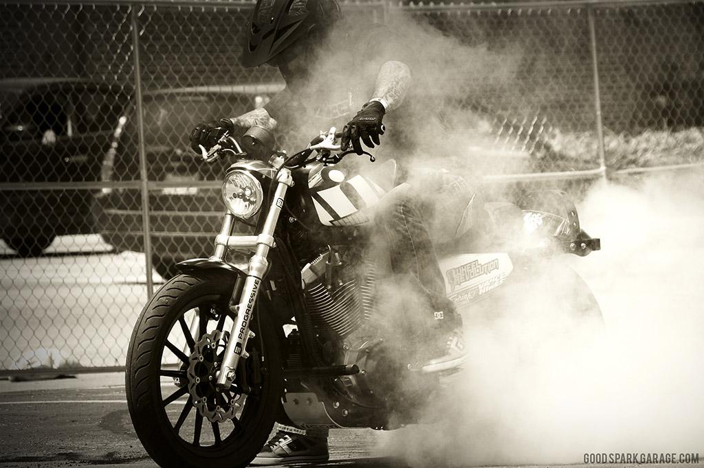 MOTOBLOT 2014 ICON Stunter Burnout