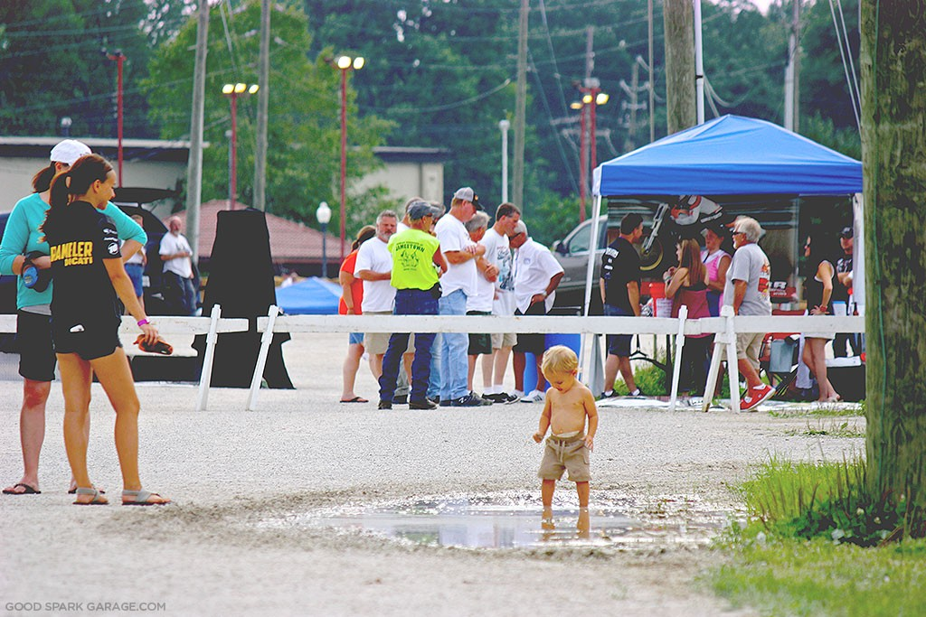 Indy Mile 2015 Playing In Puddle