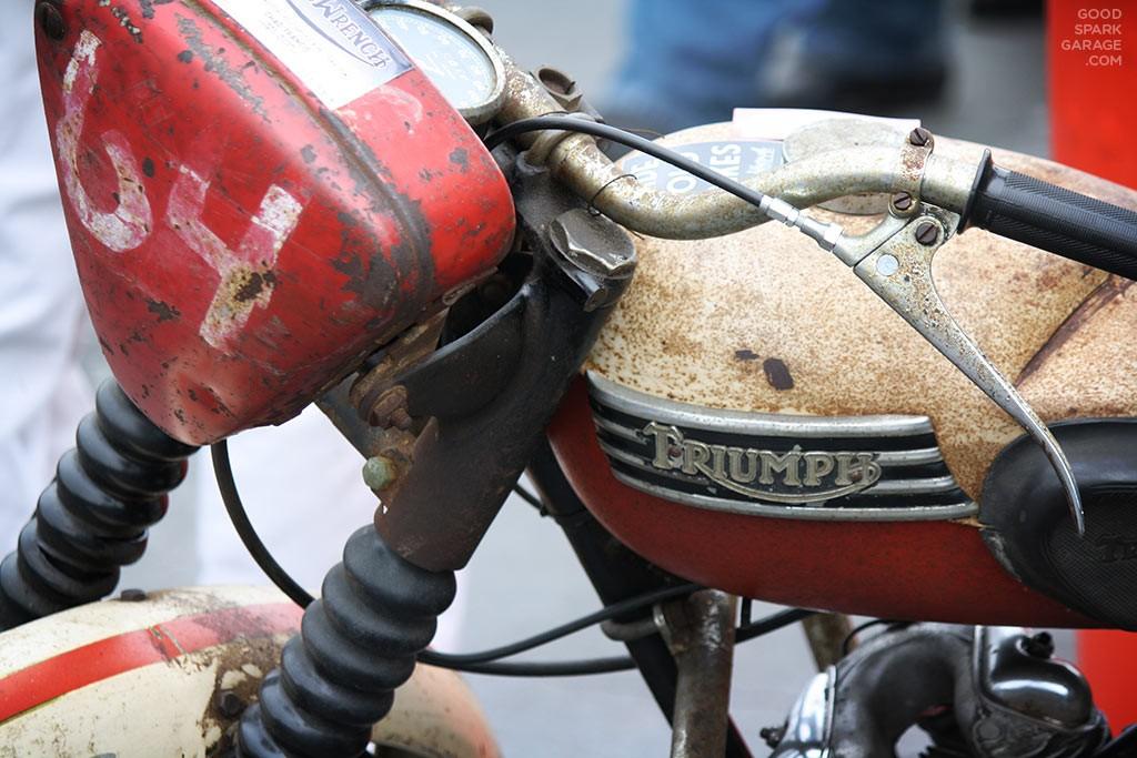 KKD15-Vintage-Triumph-KentuckyKickDown