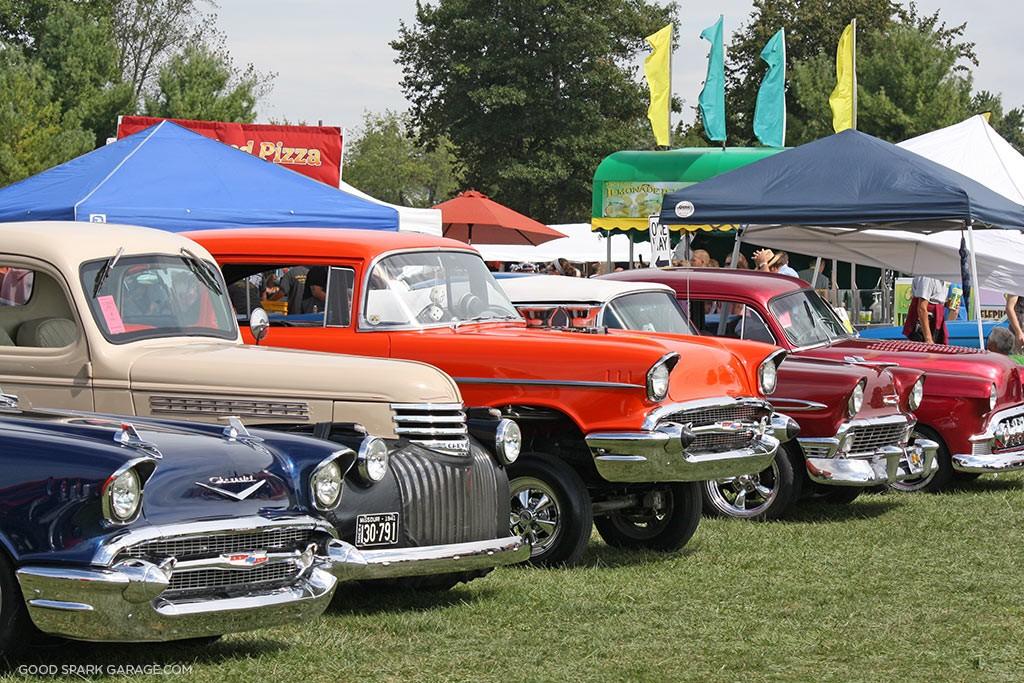Old-Cars-James-Dean-Festival