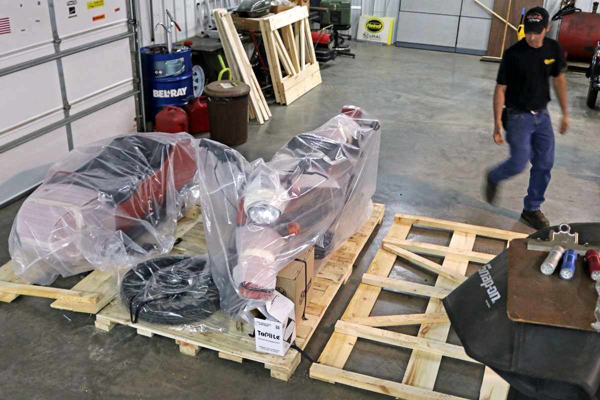 Uncrating the Ural cT